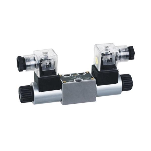 Rexroth 4WE10J(A.B)3X/CG24N9K4 Solenoid directional valve #1 image